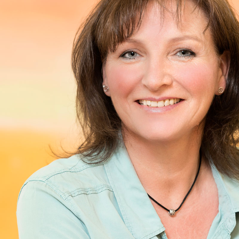 Karin wiederh ft arztpraxis anja peters - Anthroposophische mobel ...